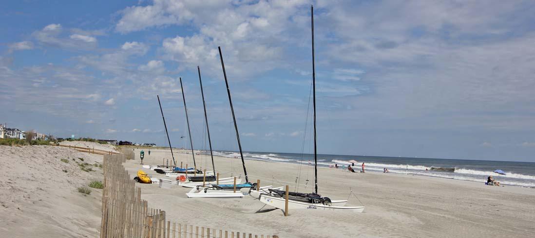 https://brunnersales.com/wp-content/uploads/2016/10/Catamaran-Beach.jpg